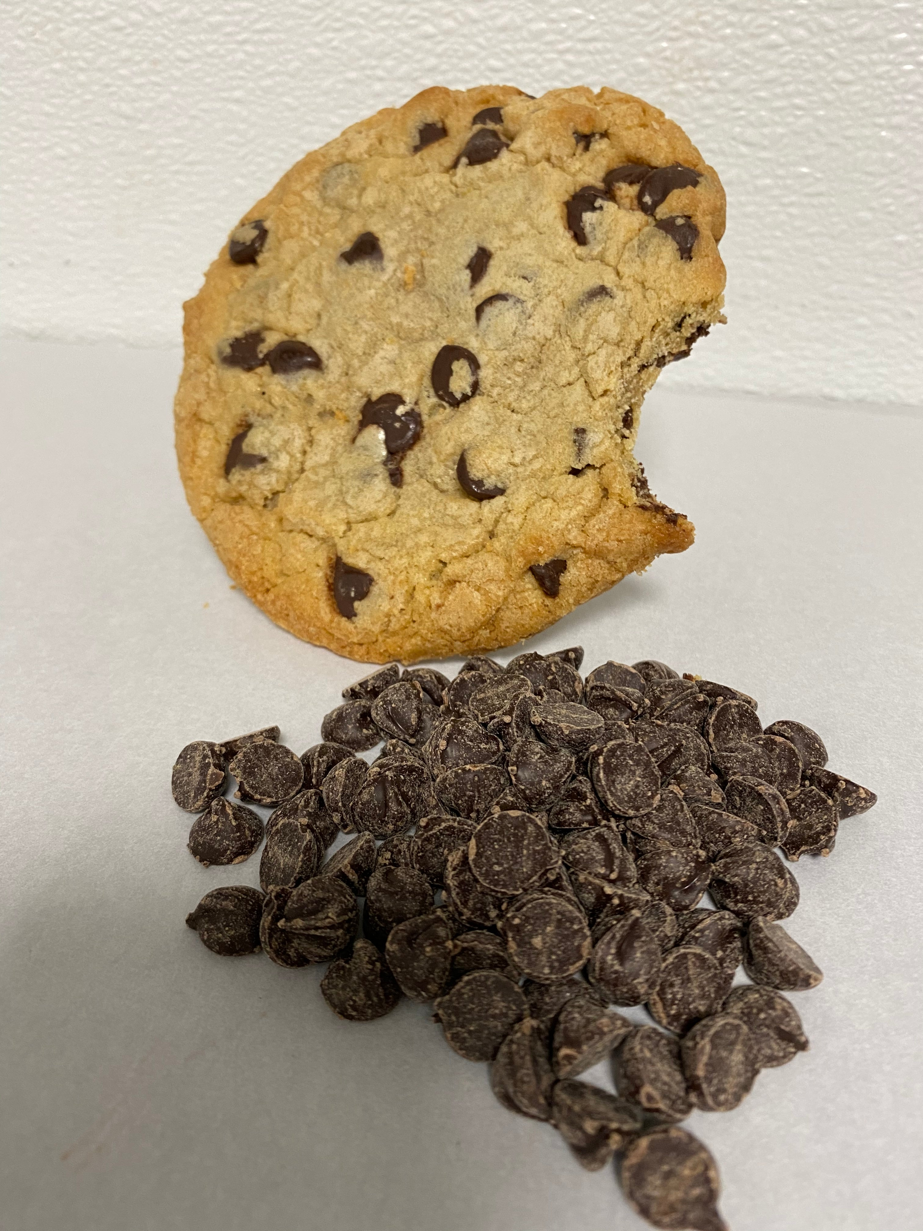 Chocolate Chip Cookie Jumbo