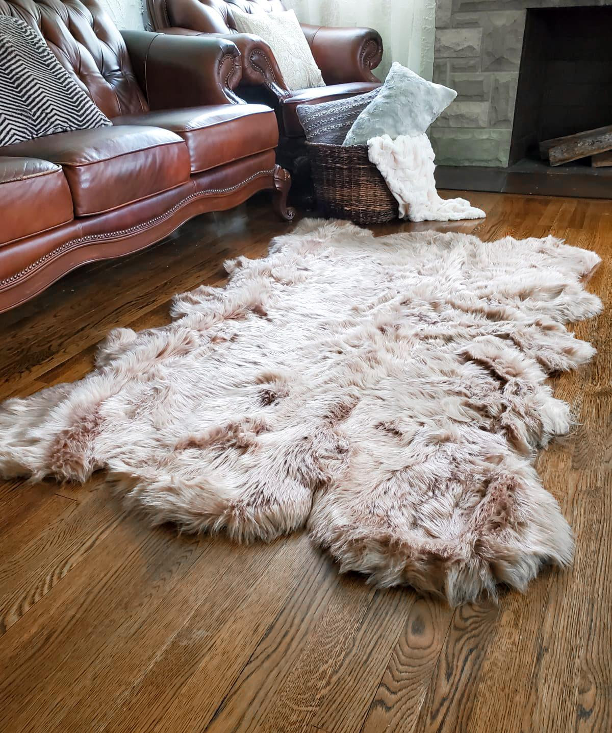 Luxury Faux Fur Sheepskin Soft Area Rug 4-ft x 6-ft with Thick Pile Multi-Use