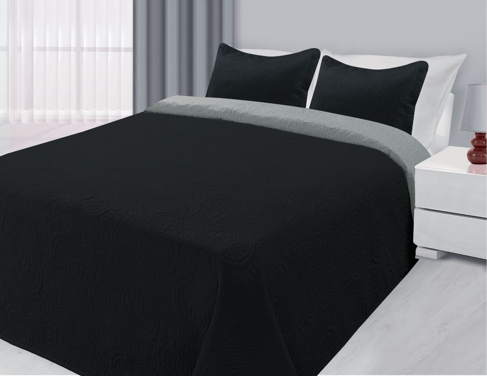 Reversible 3-Piece Solid Quilted Bedspread Coverlet Bedding Set - Black & Silver