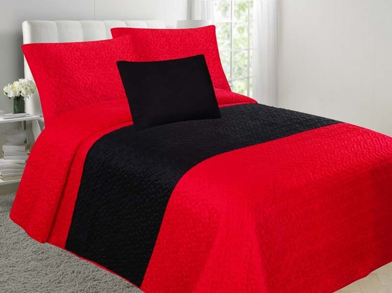 Velvet 4-Piece Embossed Bedspread Soft Multi-Tone Bedding Set- Red & Black