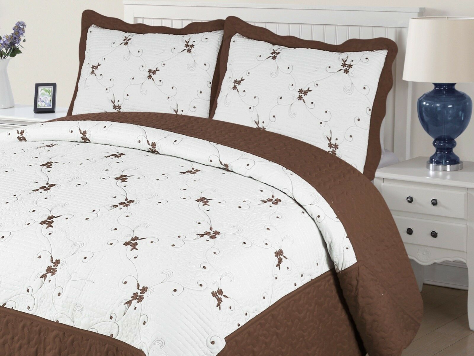 Xenia 3-Piece Quilted Bedspread Embroidered Coverlet Bedding Set- Brown