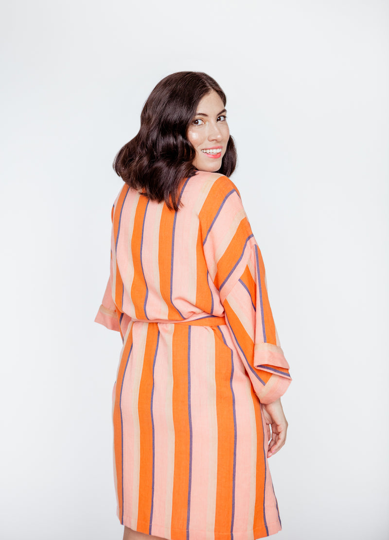 SHORT STRIPE ROBE IN TART