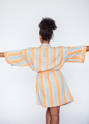 SHORT STRIPE ROBE IN SQUEEZE
