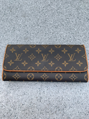 Louis Vuitton Pochette Twin GM