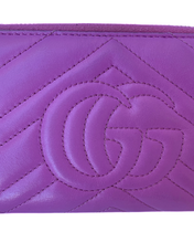 Load image into Gallery viewer, Gucci Marmont Matelassé Zippy Wallet