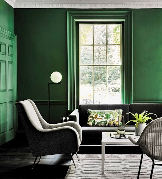 Verdant green painted living room