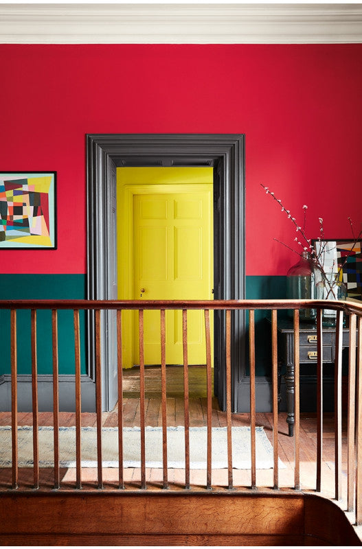 Colour blocking mood shot with Mid Azure Green, Cape Red & Trumpet yellow