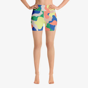 "Funky patterned shorts for women. Perfect for Yoga, Pilates and Gym. Model ""camouflage"" salmon and blue"