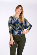 Load image into Gallery viewer, 1122 BATWING PRINT TOP