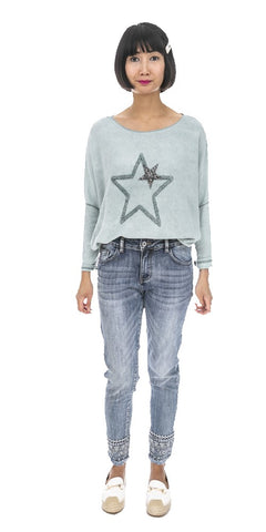 Star Front Light Sweater