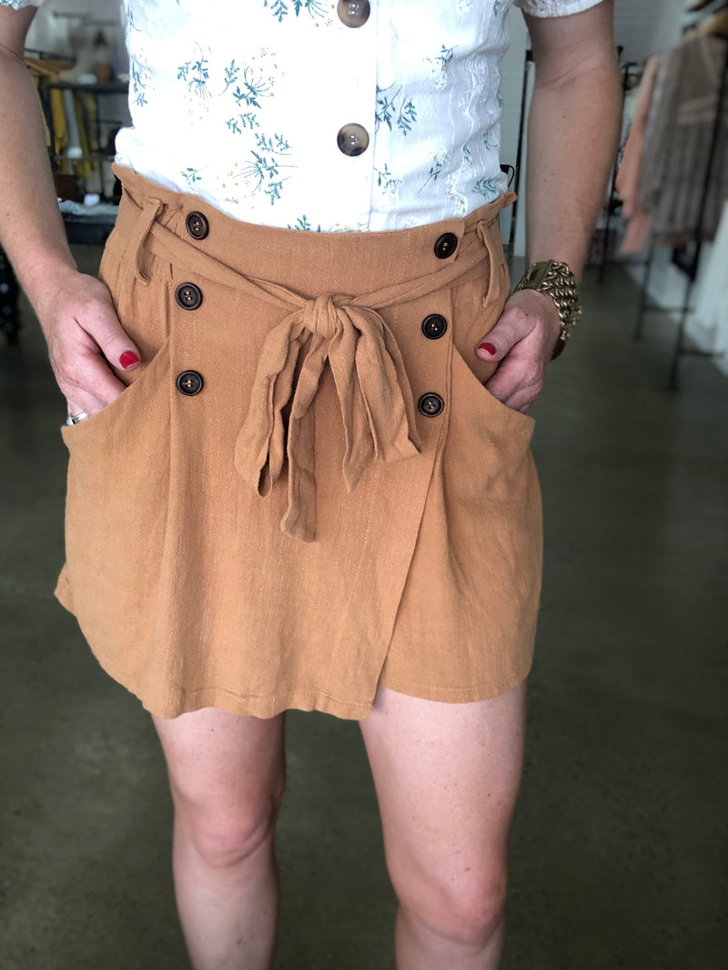 Autumn Shorts - Brown
