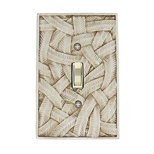 Meriville Island 1 Toggle Wallplate, Single Switch Electrical Cover Plate, Weathered White