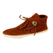 Load image into Gallery viewer, Men's Taos Leather Moccasins w/ Concho 2068M