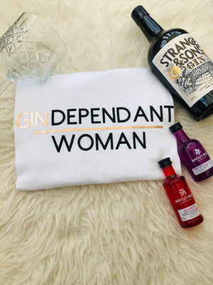 GINDEPENDANT WOMAN SLOGAN TEE IN WHITE FOLDED
