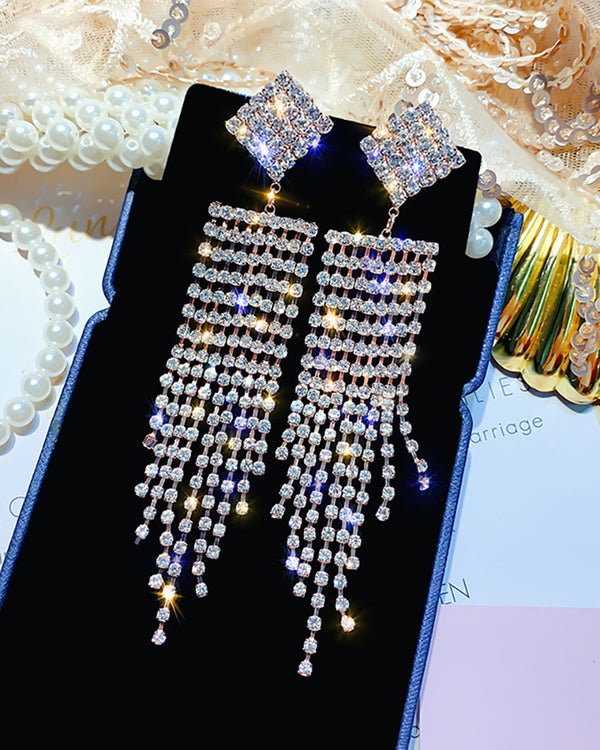 Studded Glitter Tassel Dangle Earring