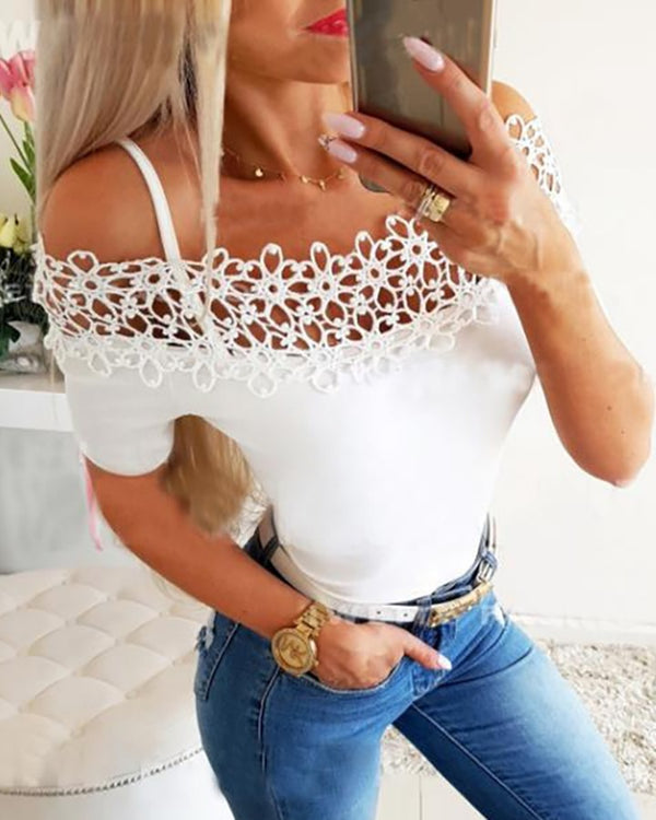 Cold Shoulder Hollow Out Trim T-shirt
