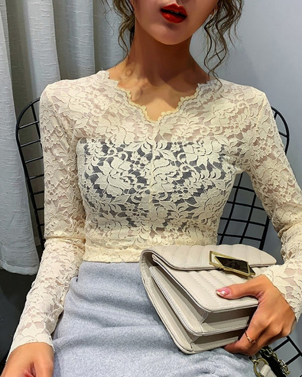 V-Neck Flower Lace Pattern Blouse