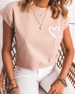 Round Neck Heart Print T-shirt