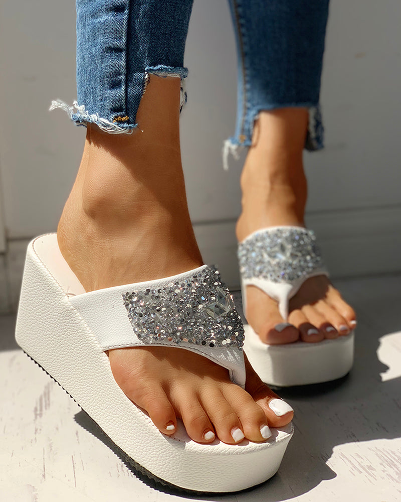 Studded Toe Post Platform Wedge Sandals