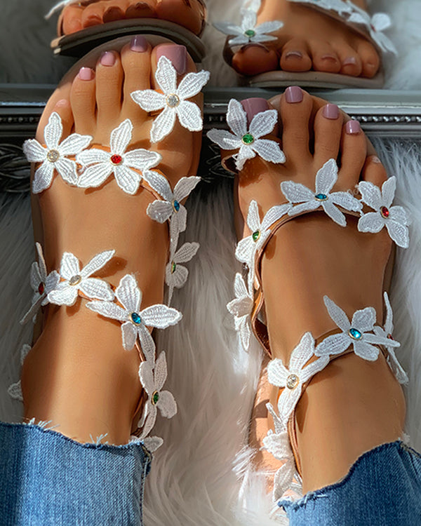 Studded Flower Pattern Toe Ring Flat Sandals