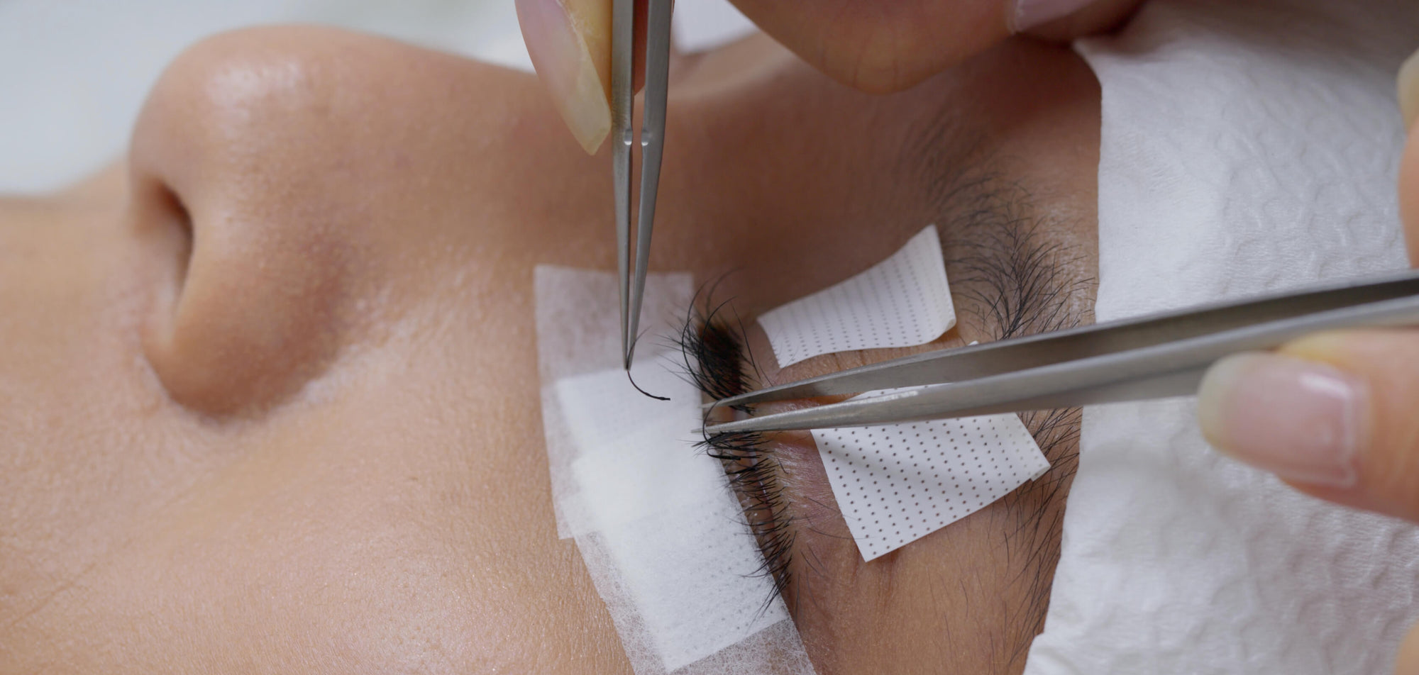 Why eyelash extensions are not good for your eyes