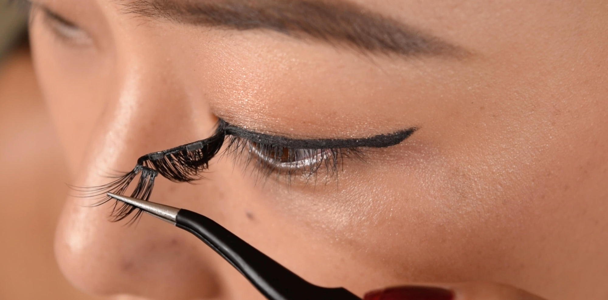 Magnetic eyelashes vs glue; 5 reasons why you should start using magnetic eyelashes