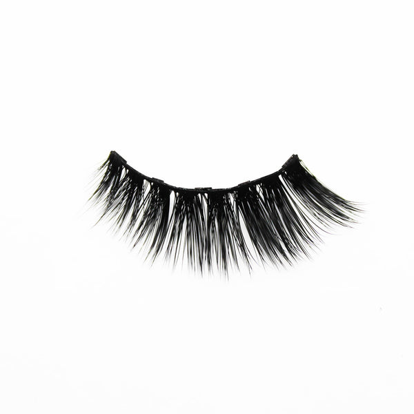 Zoom on dramatic magnetic eyelash with a white background made by Addictalash