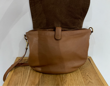 Load image into Gallery viewer, Mulberry Effie Tan Satchel with Felt Liner