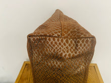 Load image into Gallery viewer, Mulberry Large Hetty Hobo in Oak Metallic Snake Suede