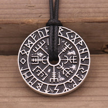 Load image into Gallery viewer, Photo of Vegvisir nordic viking rune necklace amulet
