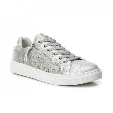 Silver Trainers | 69953