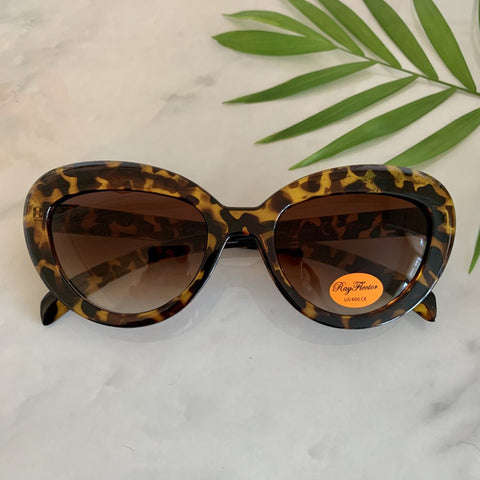 Vintage Inspired Cat Eye Sunglasses | Tortoiseshell