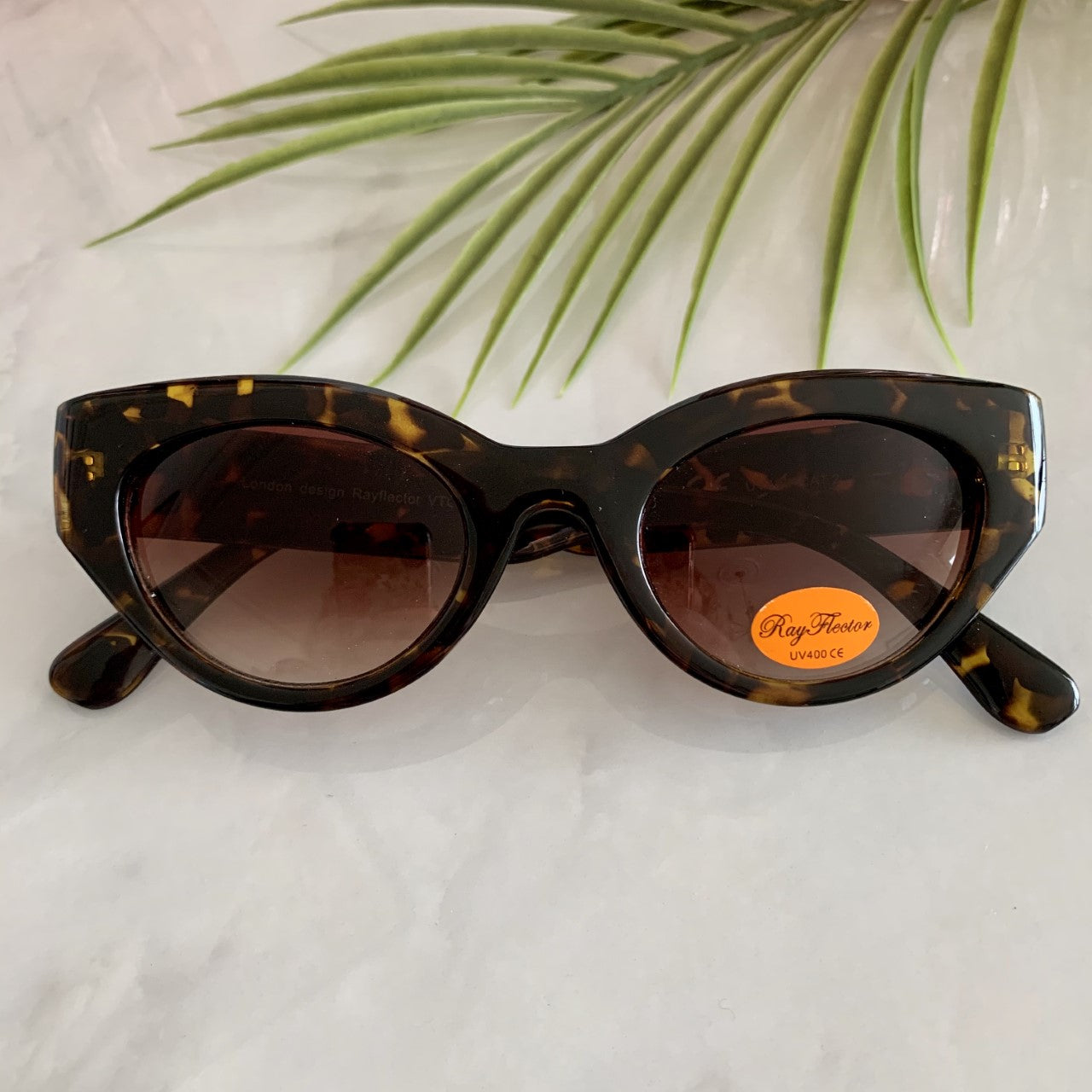 1950s Style Cat Eye Sunglasses | Tortoiseshell