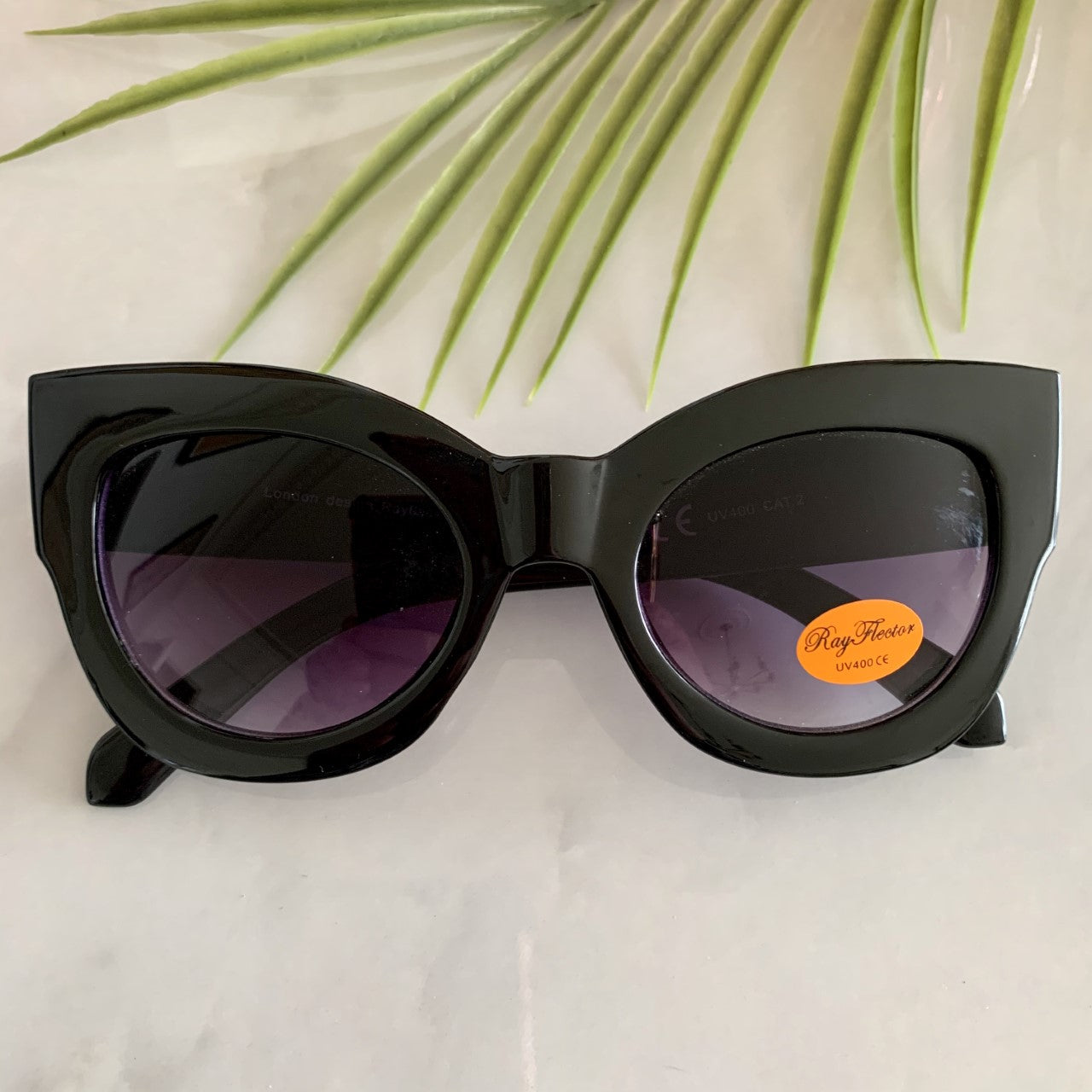 Retro Thick Rimmed Sunglasses | Black
