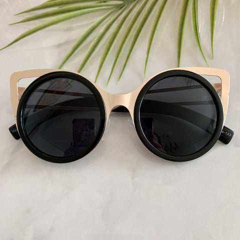 Large Round Cat Eye Sunglasses | Black
