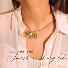 Load image into Gallery viewer, Sunflower Switched Necklace