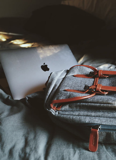 Should You Choose a Laptop Bag Or Laptop Sleeve