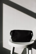 Chaz Dopp Kit / Black