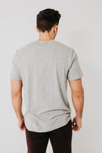 S/S V-Neck / Heather Grey