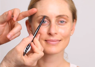 The causes of thinning eyebrows and how to make them look thicker