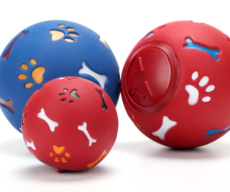 Educational Leakage Food Ball for Dogs - PetNow
