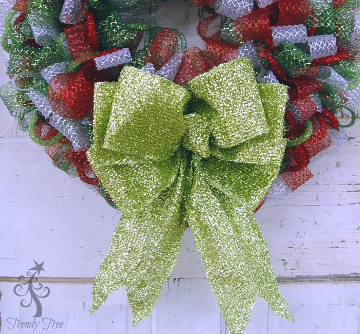 Make a Big Wreath Bow Without a Bowmaker