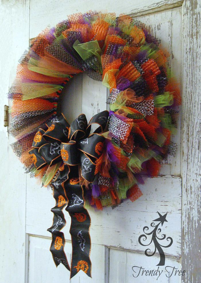 Halloween Tulle & Ribbon Wreath Tutorial