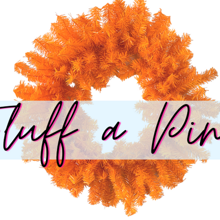 How to Fluff a Pine Wreath