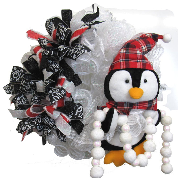 2017 Penguin Wreath Tutorial