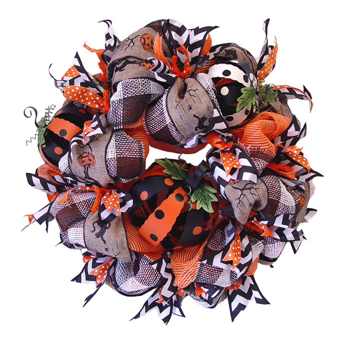 Halloween Pumpkin Wreath Tutorial Using Orange Vertical Line Mesh and Black White Paper Check