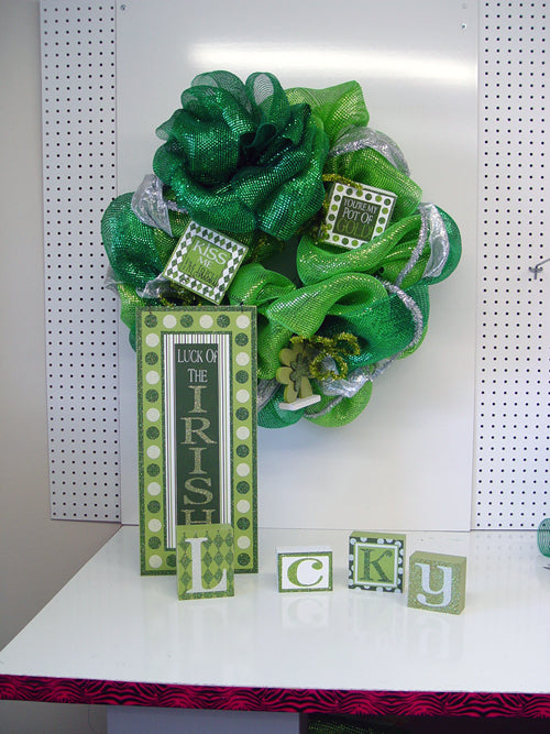 St. Patrick's Day Wreath Using a Work Wreath, Lime Green Wide Foil Mesh and Emerald Green