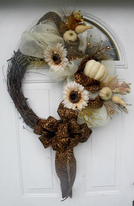 Deco Mesh Autumn Creations Featuring Wreaths by Rita