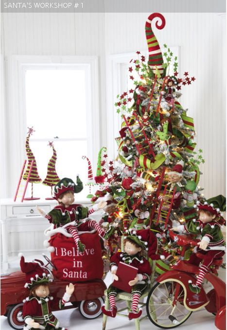 santa's workshop, red green christmas tree, elveds, nostalgic christmas