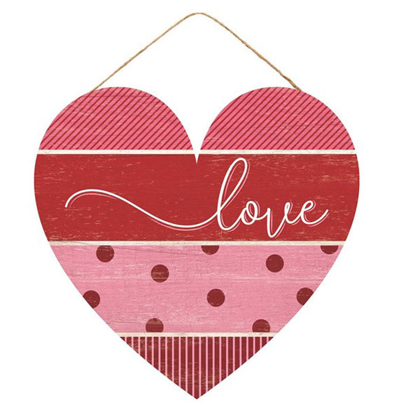 wooden heart door hanger, pink red heart